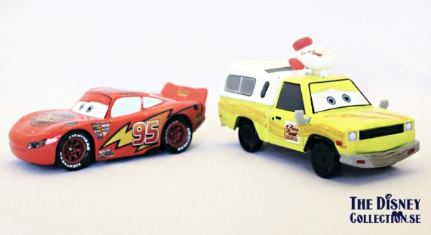 Deluxe Piston Cup Die Cast Vehicle Set_mcqueen_pizza_planet_van