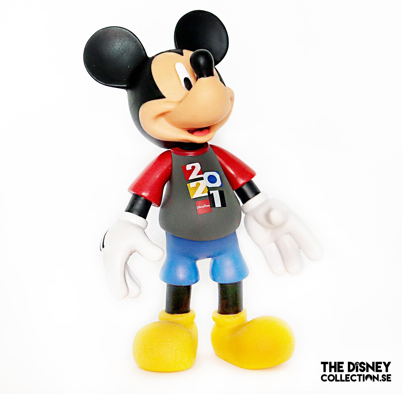 mickey-mouse-2021-disneystore